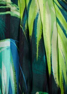Matthew Williamson SS15 Palm Silk Chiffon Ruffle Hem Dress. The perfect summer dress: light silk chiffon with a layered ruffle hem that swirls as you move.