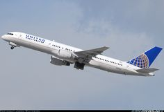 United Airlines N551UA Boeing 757-222 aircraft picture