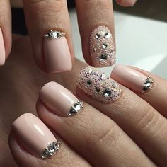 + 77 Designs for Trendy Gel Nails Polish Colors 2018 Nail Art trendy Gel Nails Polish Colors 2018 Gel Nail Polish Colors, Nails Polish, Nude Nails, Glitter Nails, Acrylic Nails, Classy Nail Designs, Best Nail Art Designs, Swarovski Nails, Rhinestone Nails