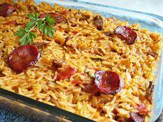 Aprenda a fazer Arroz de Carnes no Forno de maneira fácil e económica. As melhores receitas estão aqui, entre e aprenda a cozinhar como um verdadeiro chef.