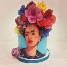 Fabulous Frida Kahlo cake by @siftbykara