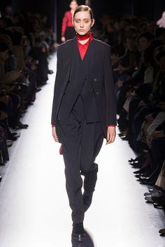 Hermès Fall 2017 Ready-to-Wear Fashion Show - Lia Pavlova (NEW MADISON)