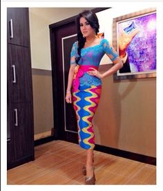 Kebaya Lace, Kebaya Brokat, Batik Kebaya, Batik Dress, Lace Dress, Fabulous Dresses, Nice Dresses, Model Dress Kebaya, Jolie Photo