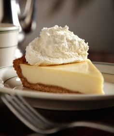 8 Amazing Holiday Pies — No Pumpkin In Sight .... i want to make all of these... right now