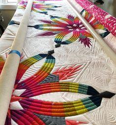 Working on Helens quilt today! #aginsignia #quiltworx #diamondweddingstar #longarmquilting #fmq