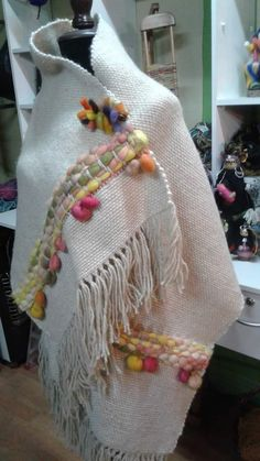 Weaving Textiles, Weaving Art, Tapestry Weaving, Loom Weaving, Hand Weaving, Textile Patterns, Embroidery Patterns, Woven Scarves, Crochet Poncho
