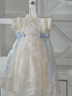 Dollhouse lace girl dress. Dusty blue silk by ANABELAMINIATURES, €11.00