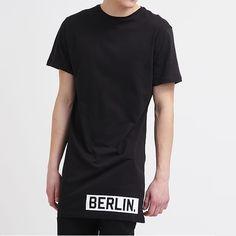 Longline T-shirt Berlin uomo #oversize #tshirtlunga #manichecorte