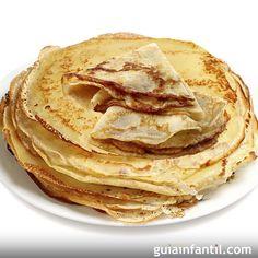 Receta de crepes o panqueques. Una receta fácil, casera y rápida para las familias. Para que los niños puedan rellenar las crepes de Nutella o Nocilla, de mermeladas, o de guisos de carne. Crepes dulces y saladas.