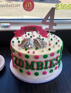 Discover recipes, home ideas, style inspiration and other ideas to try. Zombie Birthday Cakes, Zombie Birthday Parties, 2 Birthday Cake, Disney Birthday, 8th Birthday, Birthday Ideas, Zombie Disney, Cake Disney, Disney Cake Toppers