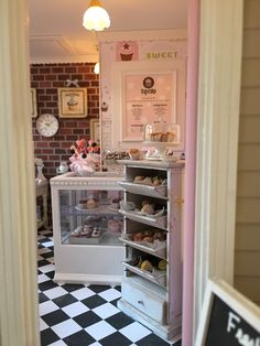 Dollhouse miniature cupcake shop   Carol Vasil