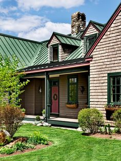 Best Green Roof Paint Combo Sorta Of Mimics The Color Of A 640 x 480