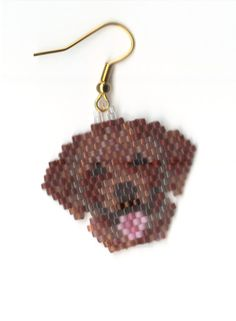 hand beaded brown lab dog heads by on Etsy Beaded Earrings, Beaded Jewelry, Crochet Earrings, Peyote Beading, Dog Pattern, Beaded Animals, Brick Stitch, Plastic Canvas Patterns, Bead Crafts