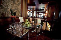 Benvenuti all'Hotel Delle Palme!