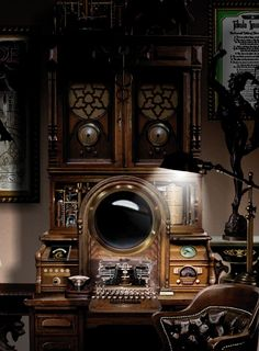 Looking inspiration about steampunk bedroom ideas for your home? There are many steampunk wall decor for your bedroom to be set to steampunk themed Steampunk Interior, Diy Steampunk, Lampe Steampunk, Design Steampunk, Steampunk Bedroom, Steampunk Home Decor, Steampunk Furniture, Steampunk Gadgets, Steampunk House