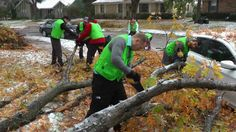 Editor's Note: Neighbors lend a hand in storm cleanup