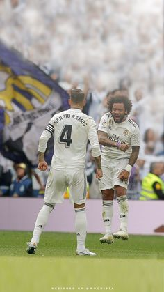 Real Madrid Video, Real Madrid Team, Real Madrid Football Club, Real Madrid Players, Real Madrid Wallpapers, Sports Wallpapers, Football Art, Football Players, Ford Mustang Wallpaper