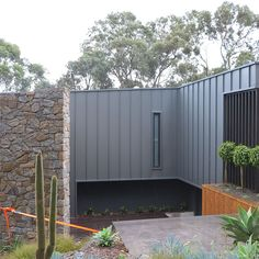 True Blue Roofing Geelong specializes in metal wall cladding which can quickly transform any wall. They are also experts in all aspects of roofing. Roof Cladding, Cladding Design, Exterior Wall Cladding, Steel Cladding, House Cladding, Facade House, Cladding Ideas, Exterior Color Schemes, Exterior House Colors