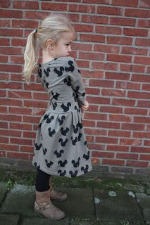 Sassy Regina dress made by Woohoo - Sofilantjes Baby Patterns, Sewing Patterns, Dress Making, Sassy, Tunic, Embroidery, Knitting, Children, Vintage
