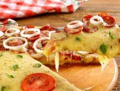 Pizza com massa de pão de queijo - Ideal Receitas