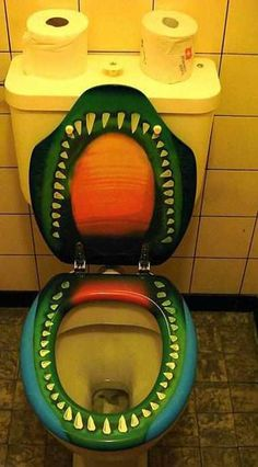 1000 Images About Throne On Pinterest Toilets Toilet Seats And Toilet Signs