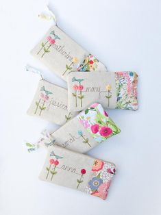 Bridesmaid Clutch Set Gifts from Bride to Bridesmaids Clutch Purse Clutch Bag Bridal Party Gifts Gift Ideas Wedding Party Gifts wedding ideas Bridesmaid Clutches, Bridesmaid Gifts, Wedding Bridesmaids, Embroidery Bags, Embroidery Designs, Floral Fabric, Floral Prints, Sewing Crafts, Sewing Projects