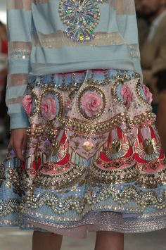 Designer @im_manisharora stuns the crowd with this 3d embellished skirt, brimming with pearls, sequins and flowers. #PFW #SS15