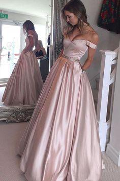 IDEA para forma del vestido (escote); la tela es muy gruesa.