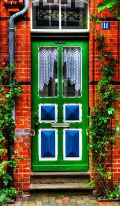 ~~door~~