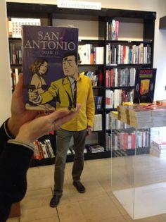 Book face avec San-Antonio ( tome 13 ), Frédéric Dard, coll. Bouquins, éd…