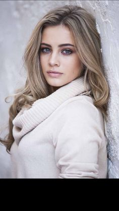 Josephine Langford, Actress: After. Josephine Langford is an actress, known for After Moxie and After We Collided. Perfectly Posh, Josephine, Lany, Fall Hair, Woman Crush, Beautiful Actresses, Hair Inspo, Famous Women, Girl Crushes
