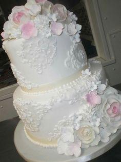 Alessi Wedding Cakes