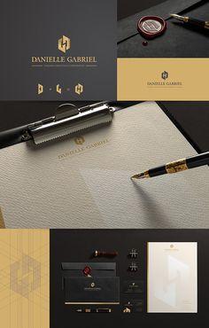 Criação de logo e papelaria para Danielle Gabriel Coaching Exetutico. Criação de identidade visual completa. Logo para coaching.