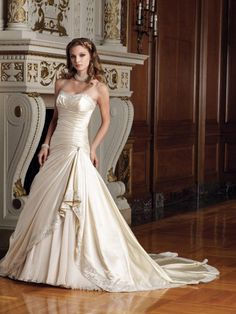 I love this dress!!!! (All rights to this photo go to their respective owners)