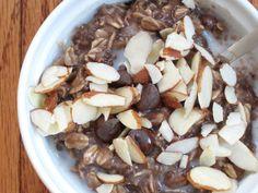 The Oatmeal Artist: Overnight Chocolate Banana Oatmeal