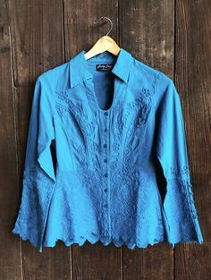 Gretty Zueger 100% Cotton Turquoise Long Sleeve Blouse