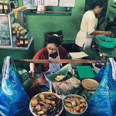 #IDENESIA  Ada yang khas di Banyuwangi! Nasi Pecel Banyuwangi ini menjadi salah satu tujuan kuliner pada saat tim #Idenesia untuk #IndonesiaKaya jalan-jalan di Kota #Banyuwangi !