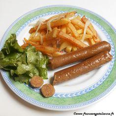 Saucisses knack (recette végétarienne, végane) Vegetarian Day, Vegetarian Recipes, Tofu Burger, Plat Vegan, Base, World Recipes, Vegan Life, Tapas, Vegetarian Cooking