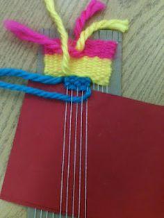 Fingerpainting Genius: Weaving trick with paper under warp Card Weaving, Weaving Art, Loom Weaving, Weaving For Kids, Weaving Textiles, School Art Projects, Weaving Projects, Art Lessons Elementary, Camping Crafts