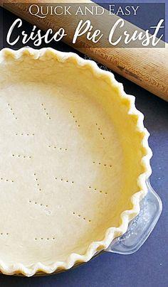 Quick and Easy Crisco Pie Crust Recipe Homemade pie crust made with Crisco (lard) Crisco Pie Crust Recipe, Crisco Recipes, Homemade Pie Crusts, Pie Crust Recipes, Quick Easy Pie Crust Recipe, Simple Pie Crust, Single Pie Crust Recipe, Lard Pie Crust, Gastronomia