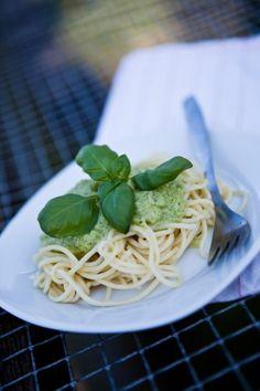 Pasta mit Zucchinicreme