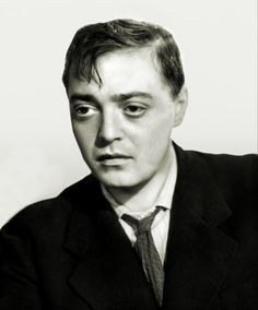 I love this photo of Peter Lorre and used it to do a charcoal drawing.
