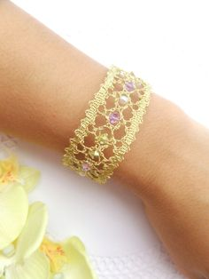 Adorn your wrist with this delicate and romantic tatting lace cuff bracelet. Perfect for your boho wedding! This bracelet was completely made in bobbin Tatting Bracelet, Knit Bracelet, Tatting Jewelry, Lace Jewelry, Tatting Lace, Beaded Bracelets, Bobbin Lacemaking, Bobbin Lace Patterns, Bridal Bracelet