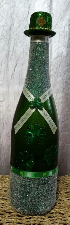 St. Patrick's Day decorated bottle by NSollarsDesigns on Etsy