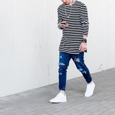 Street Style: 12 maneiras de usar tendência do jeans rasgado ●● Jeans Destroyed