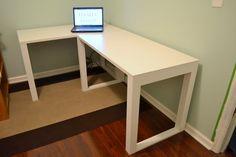 The Ugly Duckling House | DIY Home Improvement Blog: Easy DIY Craft Desk