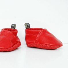 Perfect little leather booties for the holiday season.❤️ #madeincanada #babystyle