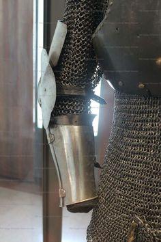 Arm Harness, Musée de l'Armee, Paris  1380-1400 ref_arm_1015_003