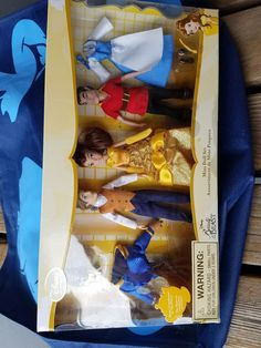 Disney Store Beauty and the Beast Mini Doll Set 3 Dolls with 5 outfitsnot open