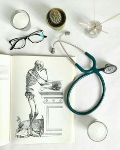 Ideas For Medical School Inspiration Motivation Med Student Medical Students, Medical School, Nursing Students, Med Student, Student Studying, Medical Wallpaper, Medical Quotes, Medicine Student, Medical Anatomy